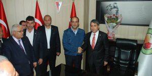 Ayhan Yavuz Başkanlığı Devir Aldı