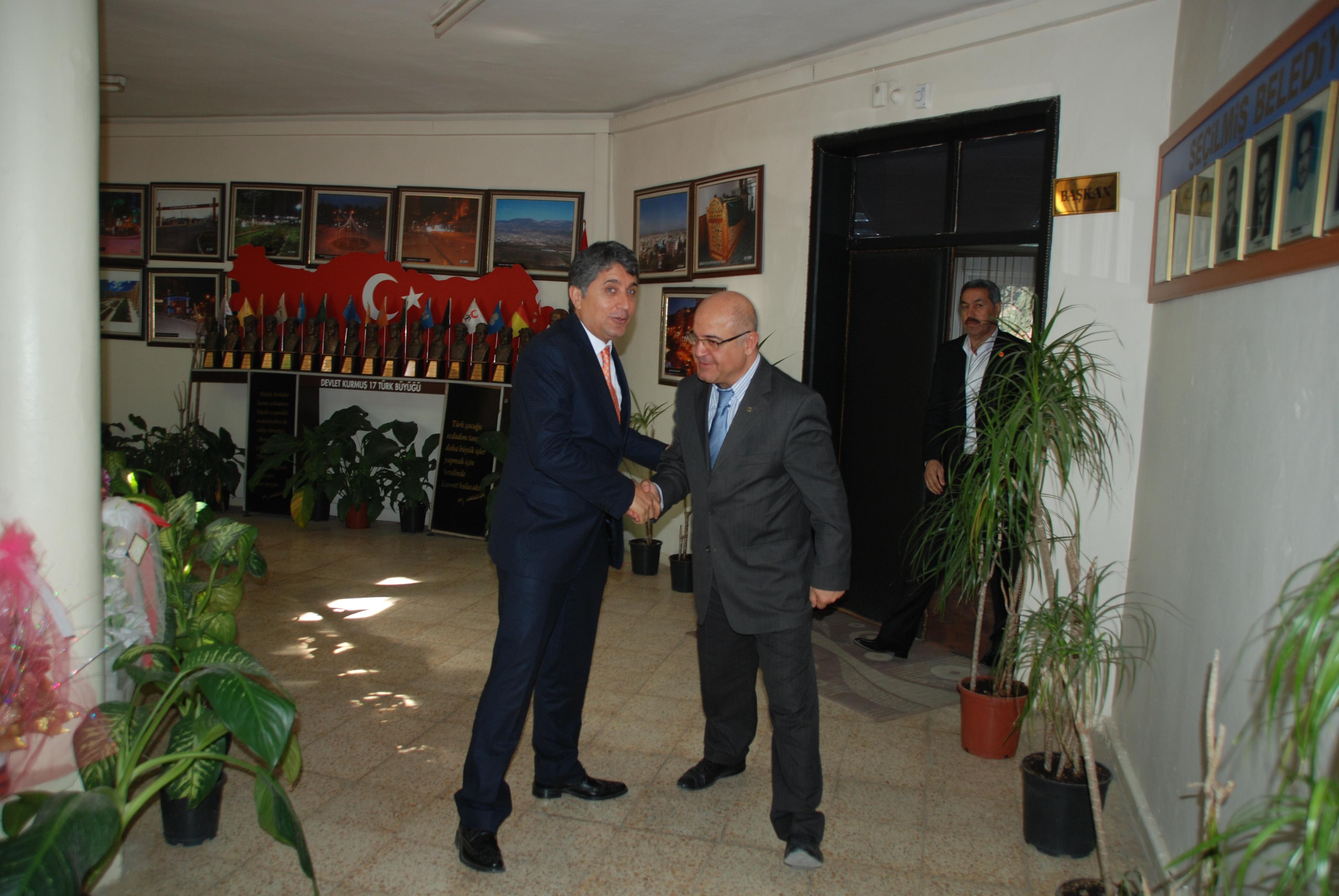 Türk Alman Kültür Merkezi Genel Başkanından Belediye Başkanı Ayhan YAVUZ'a Ziyaret