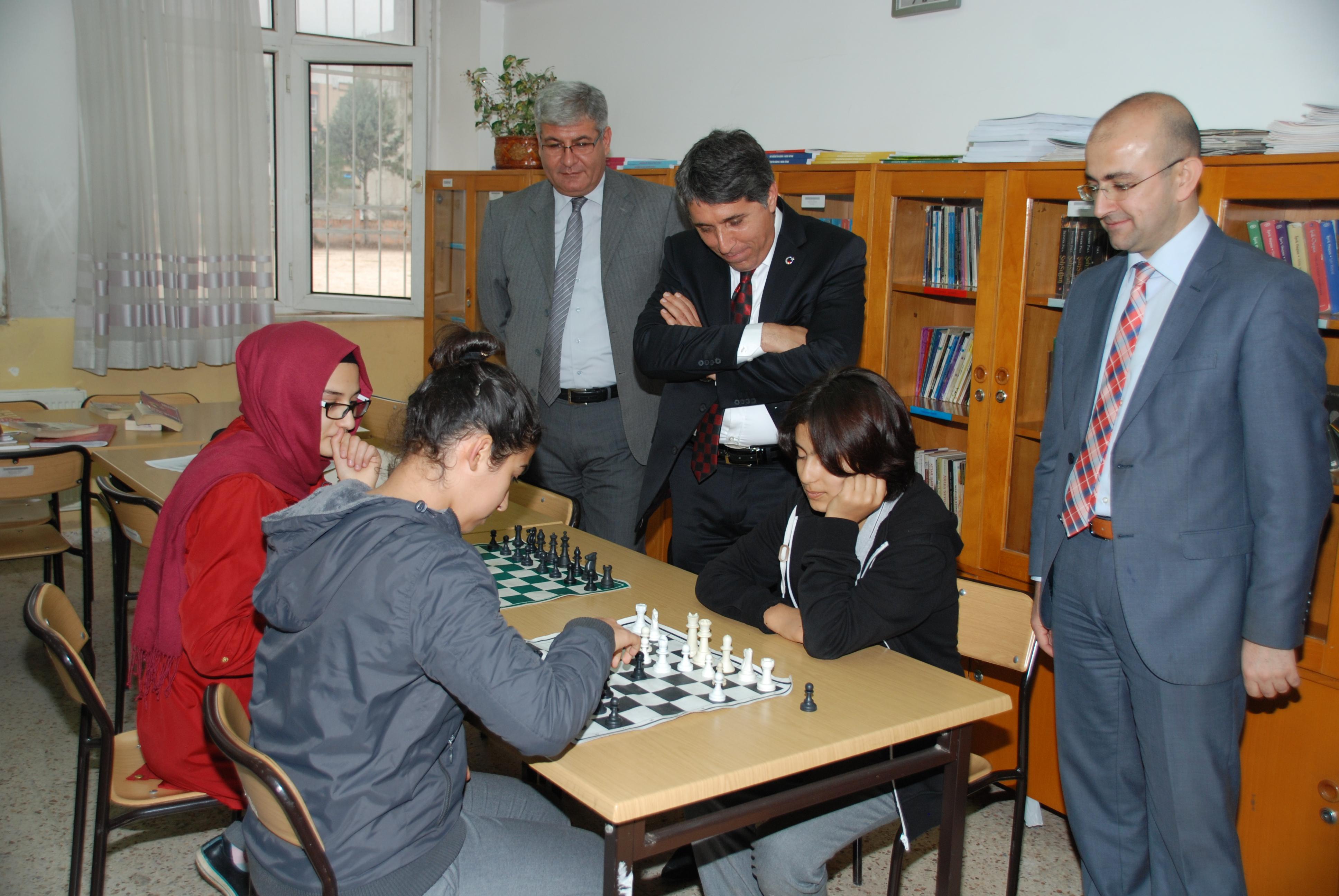 Satranç Turnuvası Devam Ediyor…