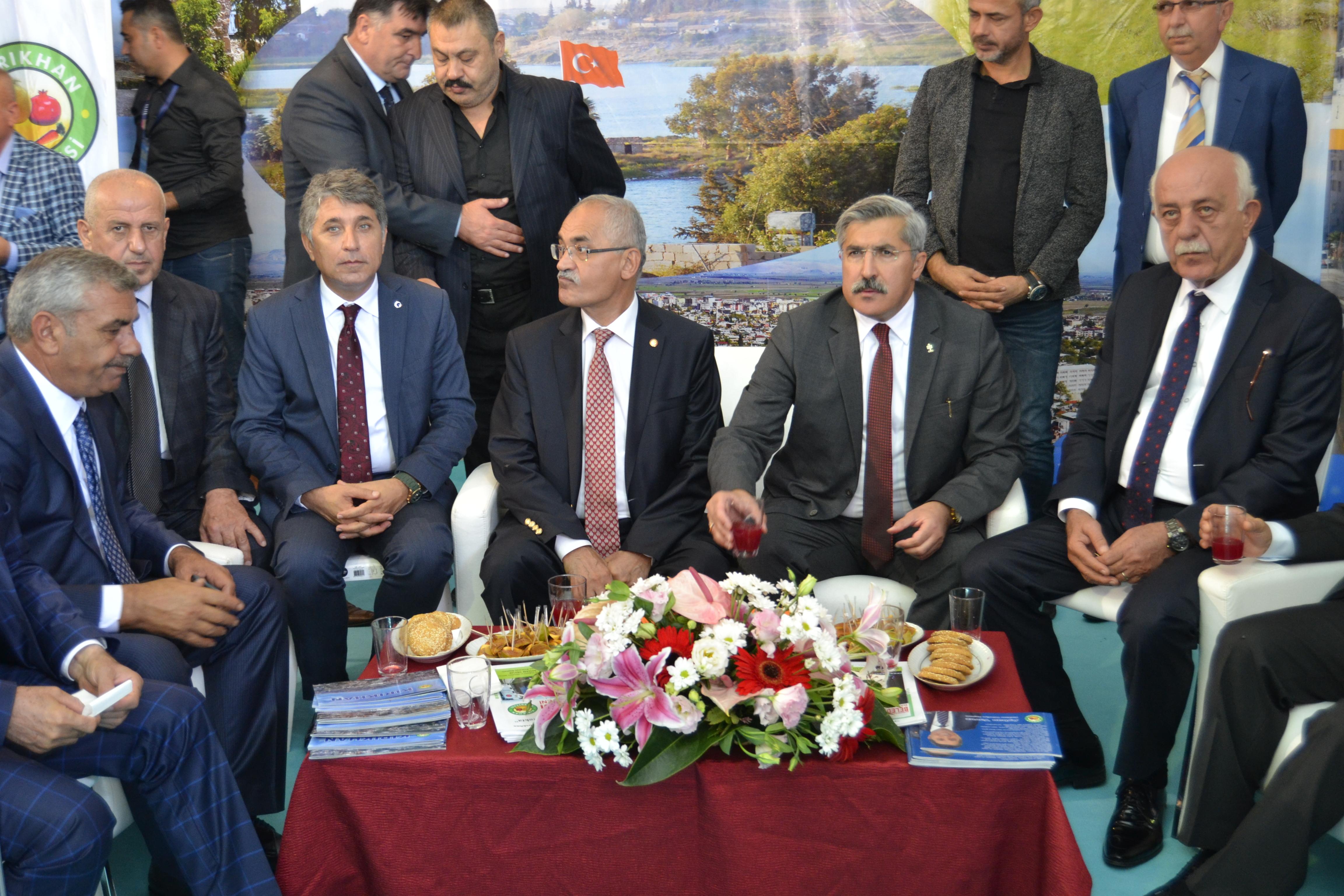 7.GELENEKSEL İSTANBUL'DA HATAY GÜNLERİNDE KIRIKHAN STANDINA HEMŞERİLERİMİZDEN BÜYÜK İLGİ