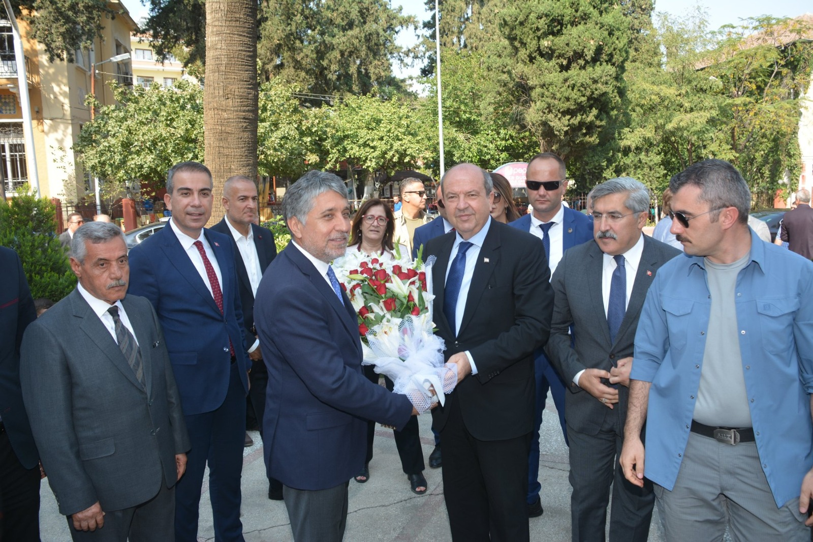 K.K.T.C BAŞBAKANI ERSİN TATAR KIRIKHAN'I ZİYARET ETTİ